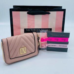 New✨VICTORIA'S SECRET✨The Victoria Small Wallet